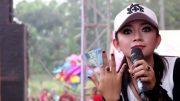 Ratna Antika, penyanyi, Via Vallen, orkes, dangdut, koplo, genre, Malang, single, acara, nasional, lokal, popularitas, Jawa Timur, Jatim Park, Batu, honor